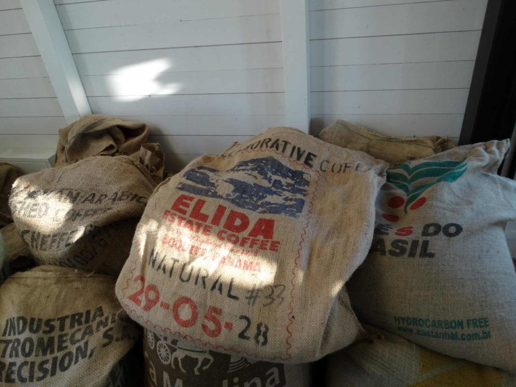 Kaffeebohnen - und die Importregionen